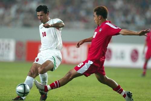 亚洲杯伊朗3 0泰国 阿里 代伊带球突破