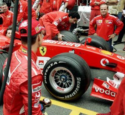 法拉利车队备战f1巴西大奖赛高清图片