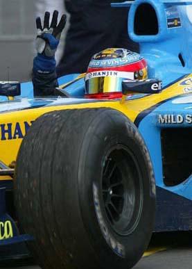 了本场比赛的季军.这位法拉利车手在最快圈速榜中排名第3.高清图片