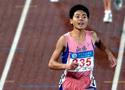 刘青获女子800米冠军