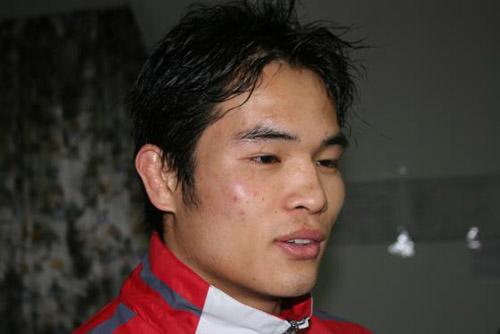 ...中杯国际武术搏击争霸赛70公斤级的决赛中 ,中国选手、世界冠