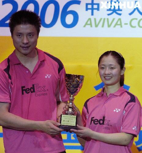 谢中博 张亚雯夺大师赛混双比赛冠军