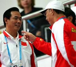 刘鹏看望乒球队:用奥运标准来检验成绩