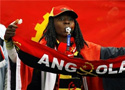 安哥拉球迷赛场助阵
