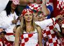 克罗地亚球迷加油助威