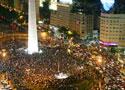 阿根廷首都沸腾了