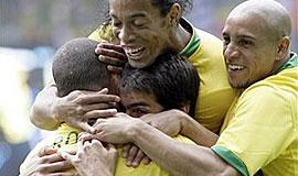 肥罗阿德建功 五星巴西3-0轻取加纳